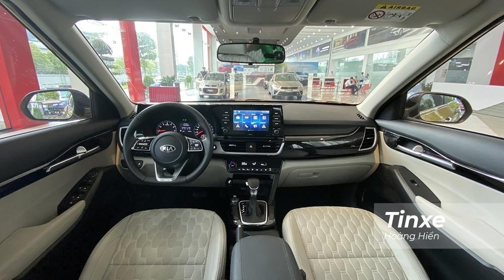 Sở hữu giá bán nằm ở tầm trung phân khúc cùng ngoại thất/nội thất thời trang, Kia Seltos nhanh chóng trở thành mẫu xe có sức hút số 1 phân khúc B-SUV.