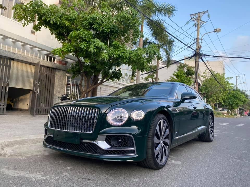 Bentley Flying Spur First Edition 2021 chỉ mới có không quá 10 chiếc tại Việt Nam
