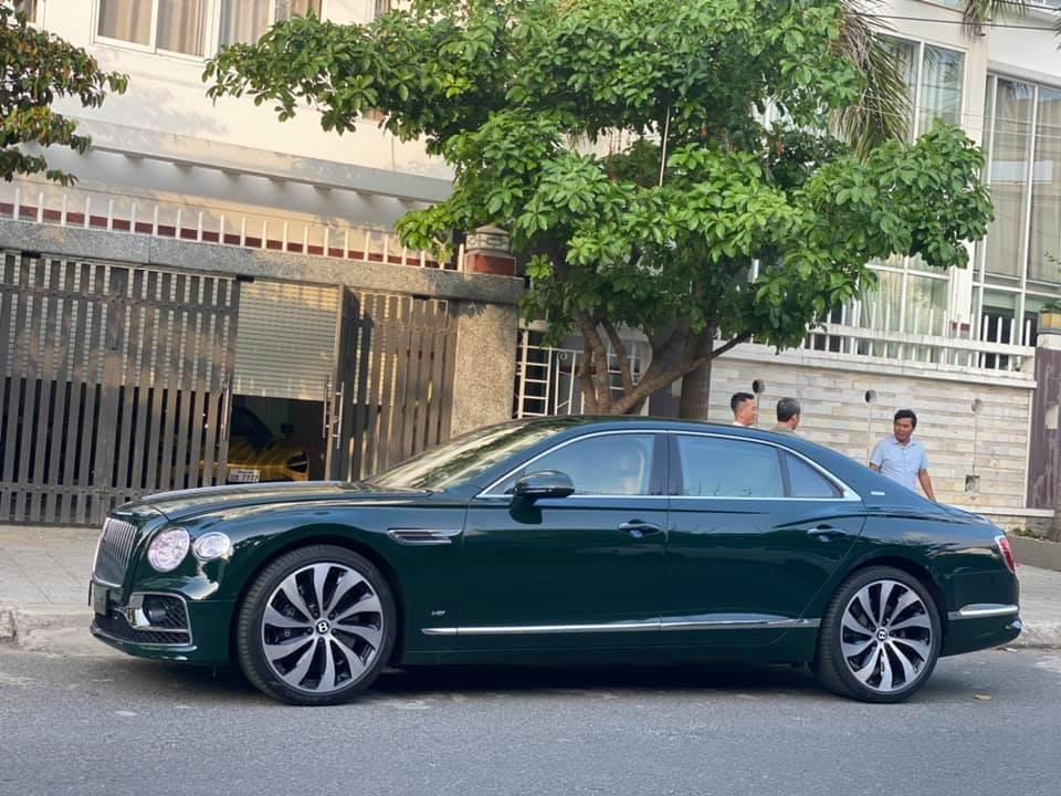 Bentley Flying Spur 2021 phiên bản First Edition