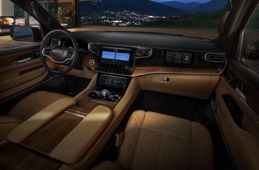 Nội thất của Jeep Grand Wagoneer 2022
