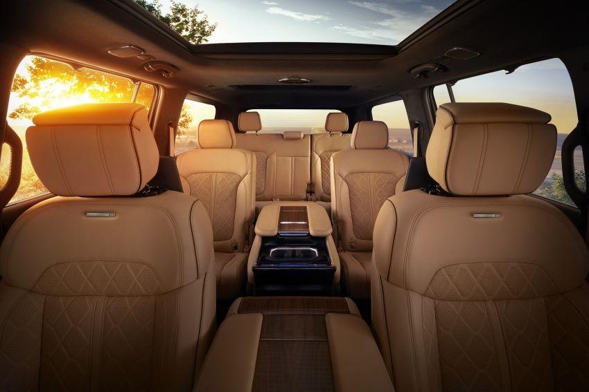 Jeep Grand Wagoneer 2022 có 2 ghế thương gia ở hàng ghế giữa