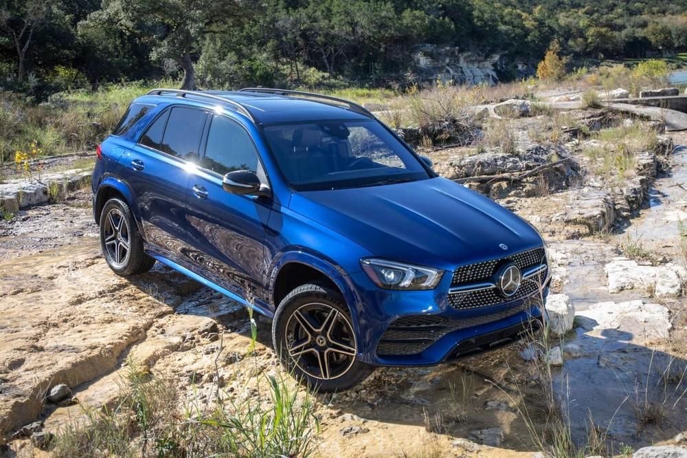 Từ phiên bản 2021, Mercedes-Benz GLE không còn hệ thống treo nhún nhảy nữa