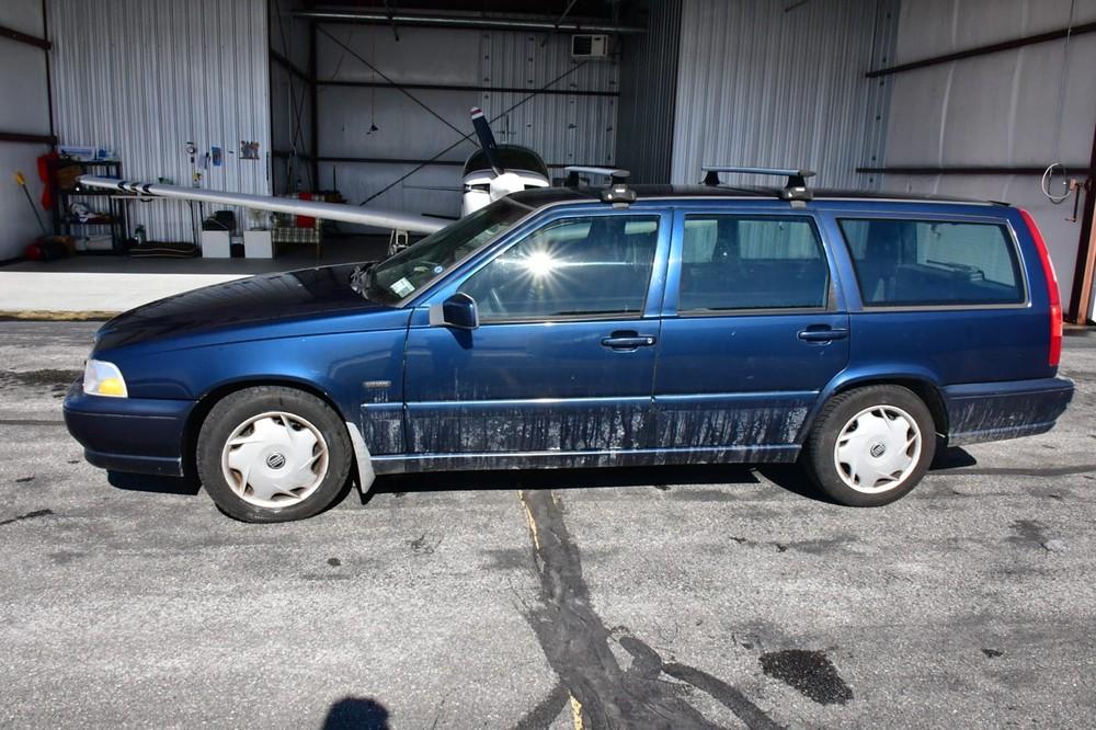 Người bán thậm chí còn không lau rửa, tân trang cho chiếc xe