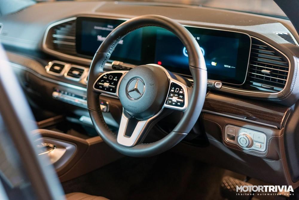 Nội thất bên trong Mercedes-Benz GLE 350de 4Matic PHEV 2021