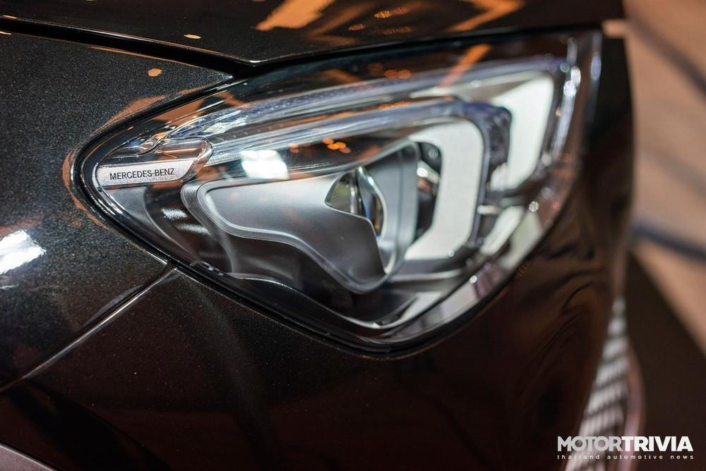 Mercedes-Benz GLE 350de 4Matic PHEV 2021 dùng đèn pha LED hiện đại