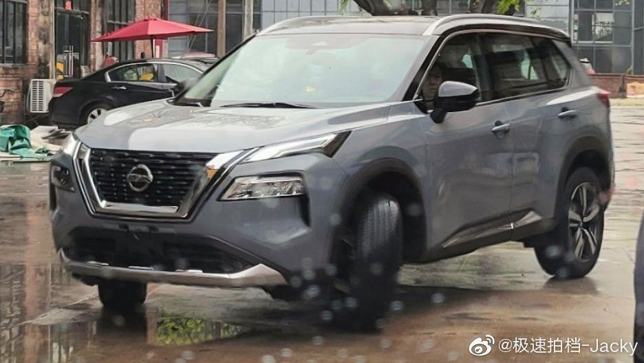 Nissan X-Trail 2021 tại Trung Quốc được đồn là dùng động cơ chung với xe Infiniti