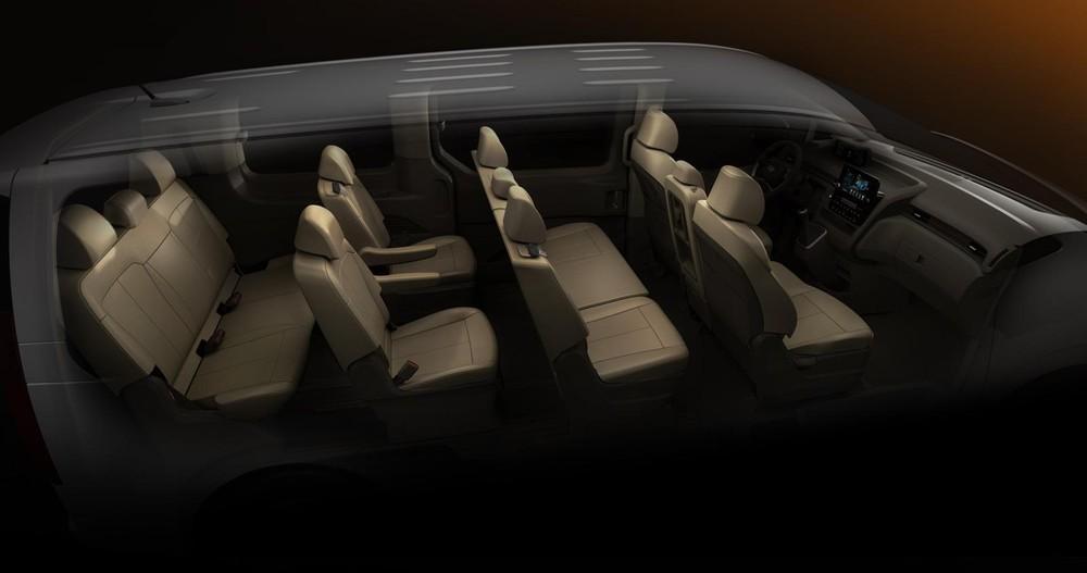 Hyundai Staria bản 11 chỗ