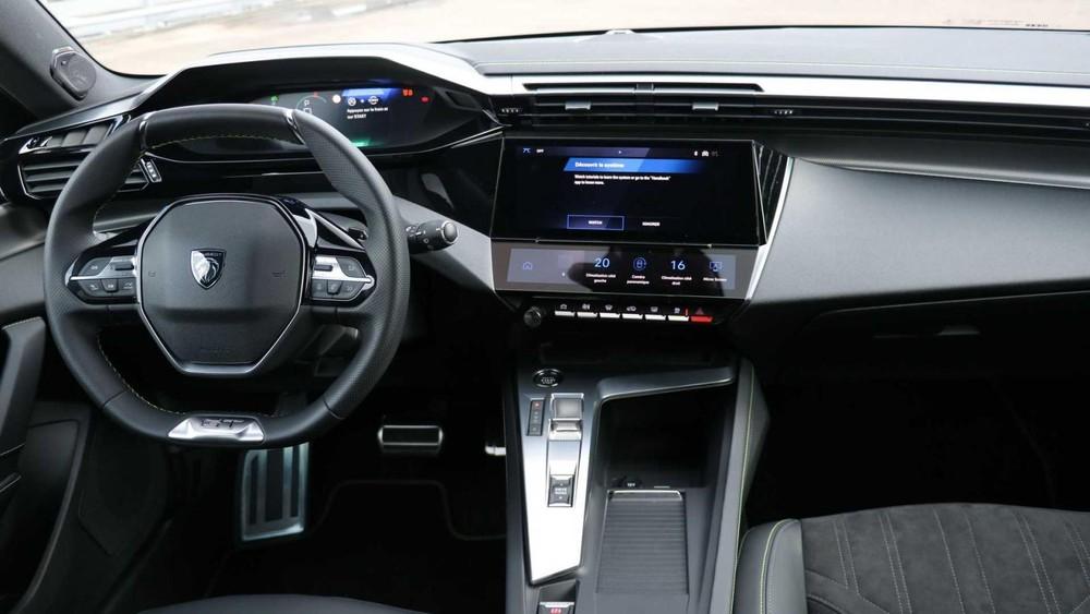 Peugeot 308 2021 dùng màn hình cảm ứng 10 inch tiêu chuẩn