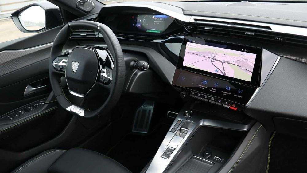 Nội thất bên trong Peugeot 308 2021