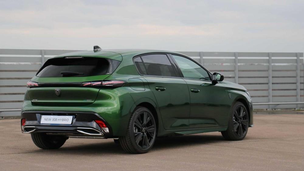 Peugeot 308 2021 có 3 loại động cơ xăng và diesel