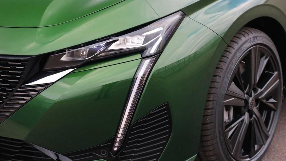 Đèn pha và đèn LED định vị ban ngày của Peugeot 308 2021