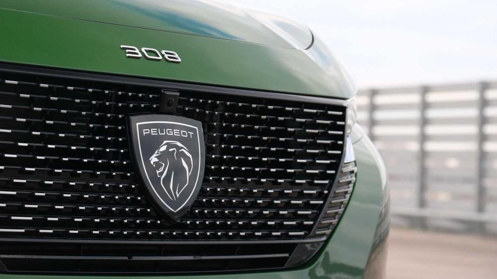 Cận cảnh lưới tản nhiệt của Peugeot 308 2021