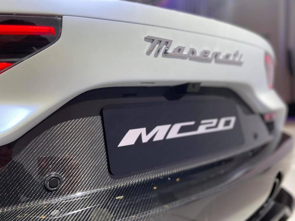 Sau 15 năm ra mắt MC12, hãng McLaren mới giới thiệu siêu xe tiếp theo là MC20
