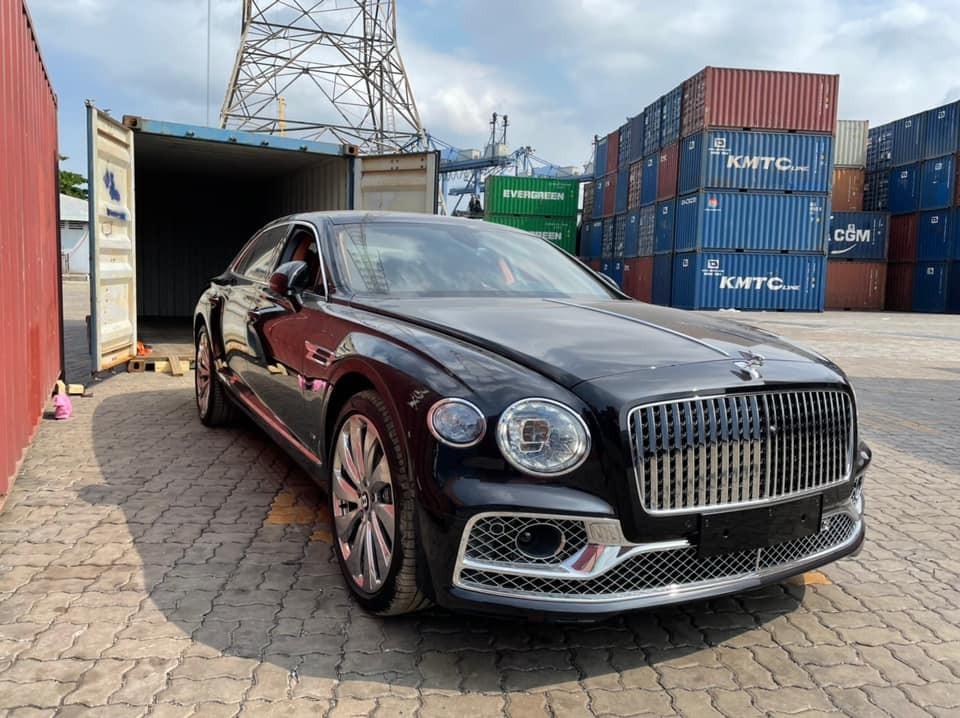 Diện mạo Bentley Flying Spur First Edition 2021 mới về Việt Nam