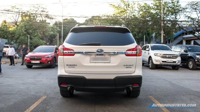 Subaru Evoltis 2021 được trang bị cửa cốp sau chỉnh điện