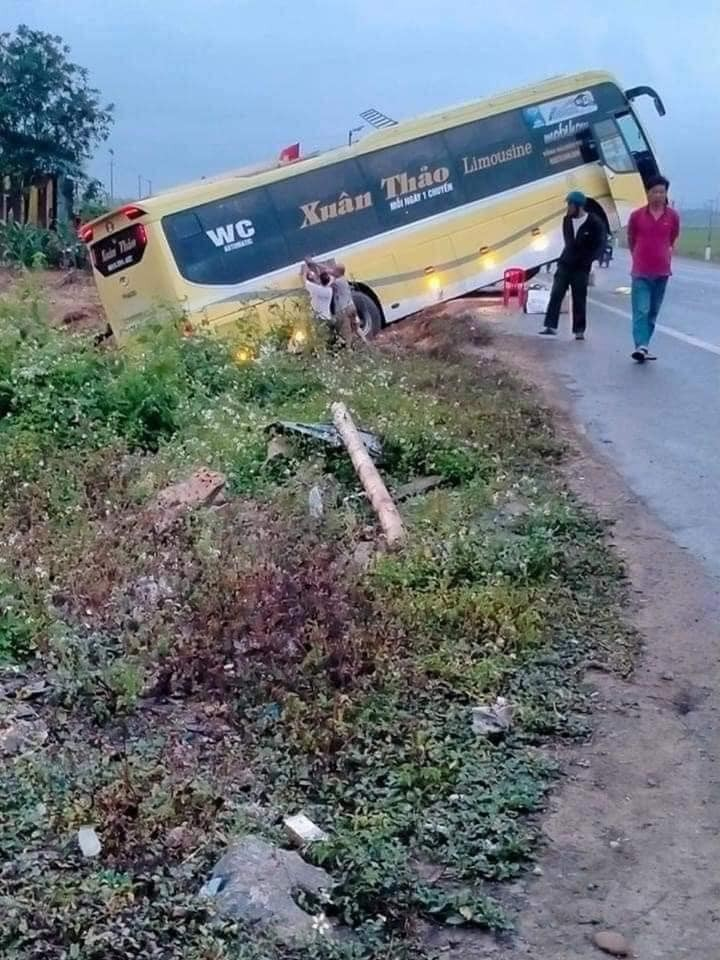 Hiện trường vụ tai nạn trên quốc lộ 1