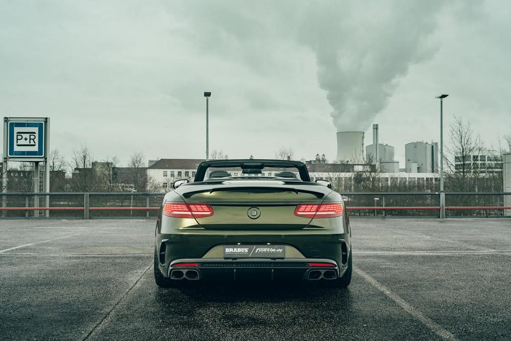 Đuôi xe của chiếc Mercedes-AMG S63 Convertible độ bởiBrabus và Fostla