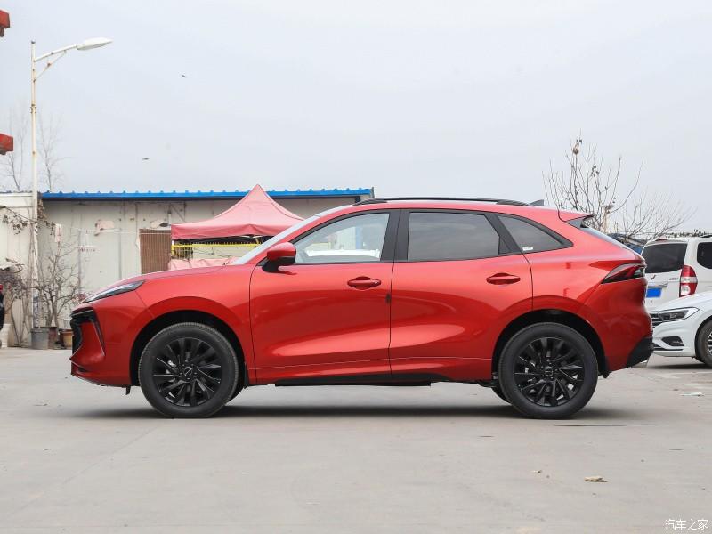 Dongfeng Fengxing T5 EVO là SUV cỡ C mới