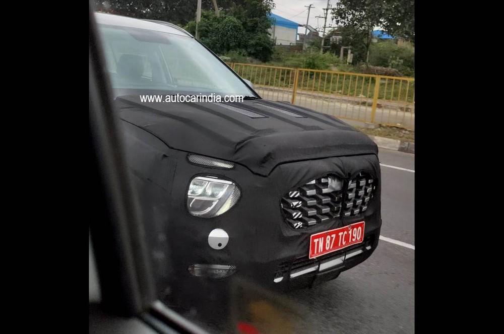 Hyundai Alcazar bị bắt gặp trên đường thử