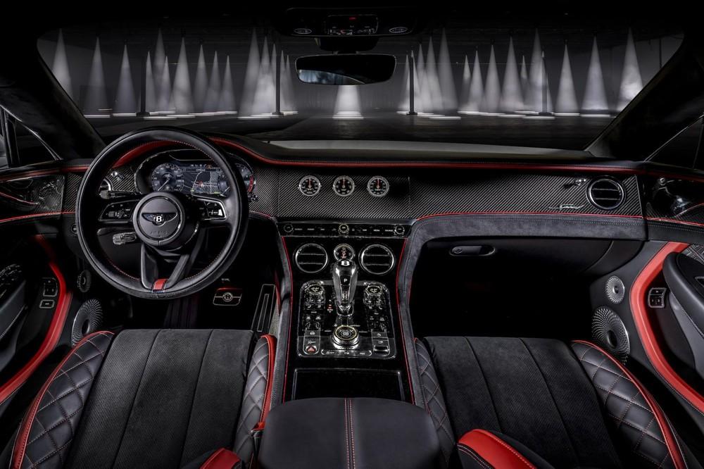 Nội thất bên trong Bentley Continental GT Speed 2021