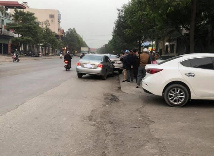 Lái xe Toyota Vios bị tình nghi là ngủ gục trong lúc điều khiển xe