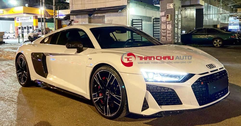 Chiếc siêu xe Audi R8 V10 2021 về Việt Nam thuộc phiên bản Performance