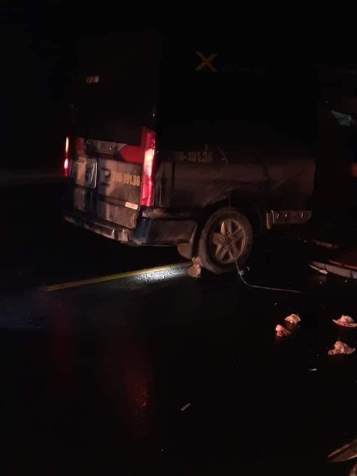 3 người ngồi trên chiếc ô tô khách đã tử vong
