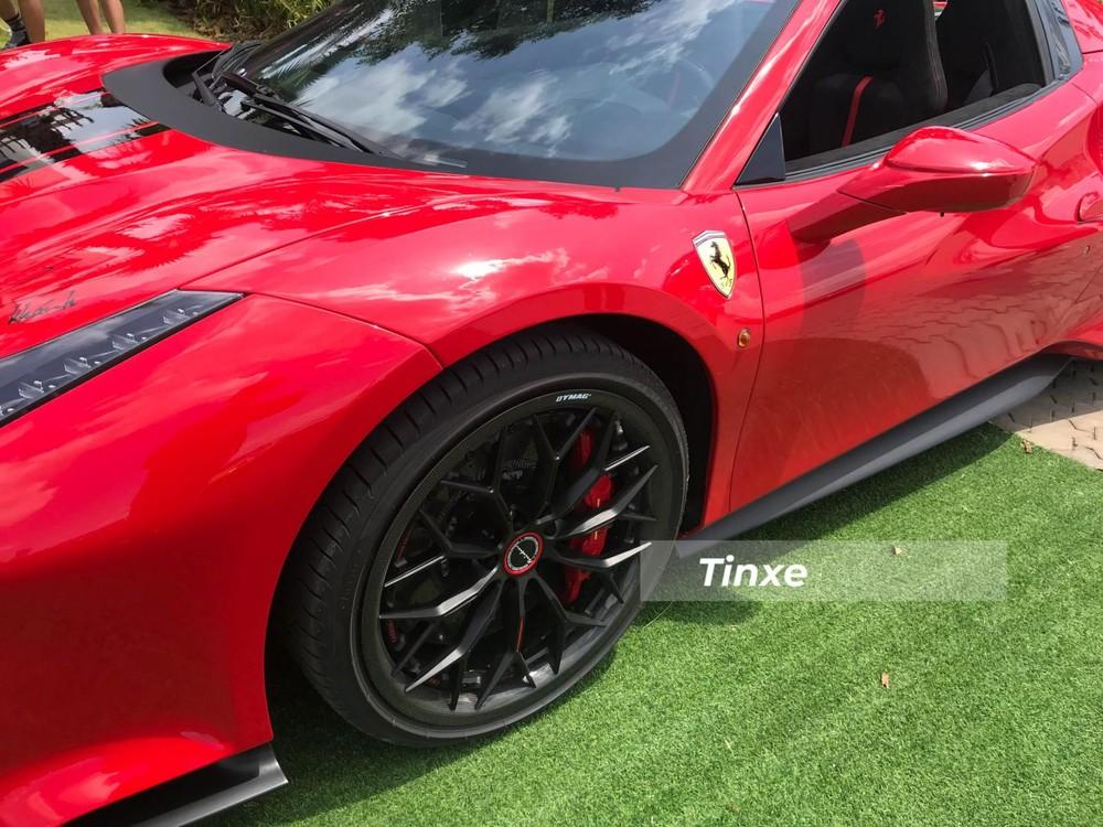 Bộ mâm của Ferrari 488 Pista Spider có giá hơn 350 triệu đồng