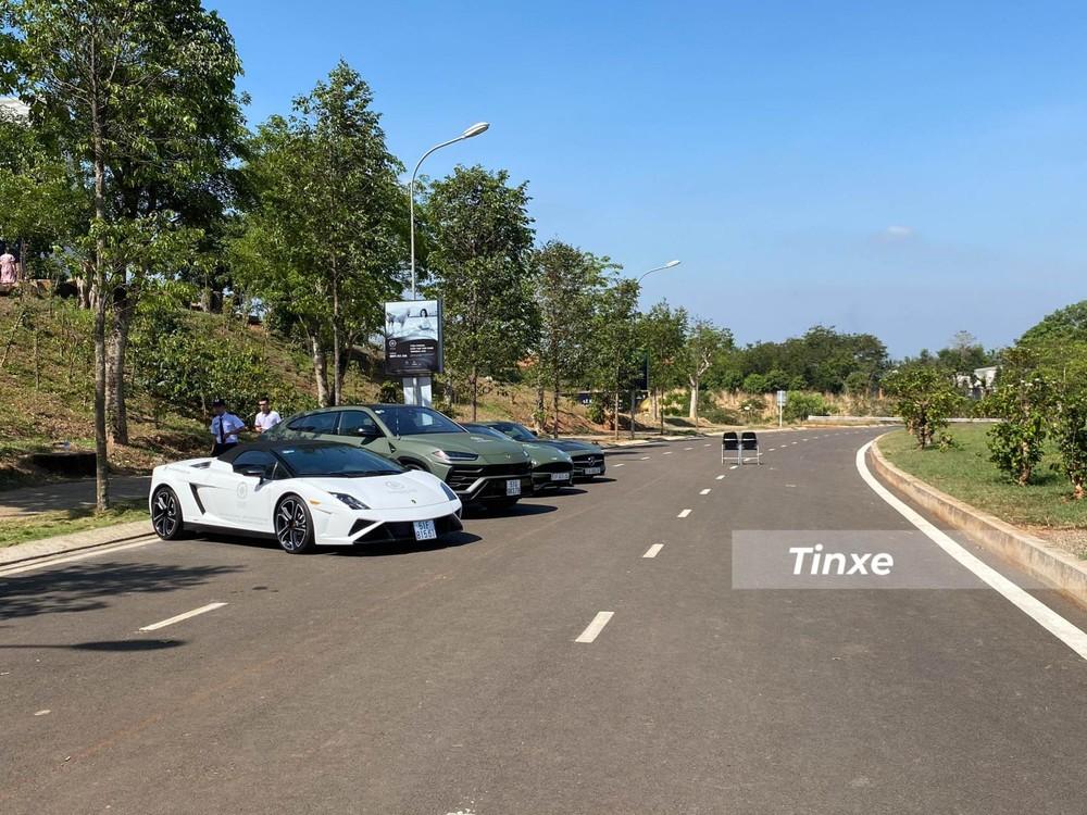 Siêu xe mui trần Lamborghini Gallardo LP560-4 Spyder lần hiếm hoi xuất hiện công khai với giới mê xe