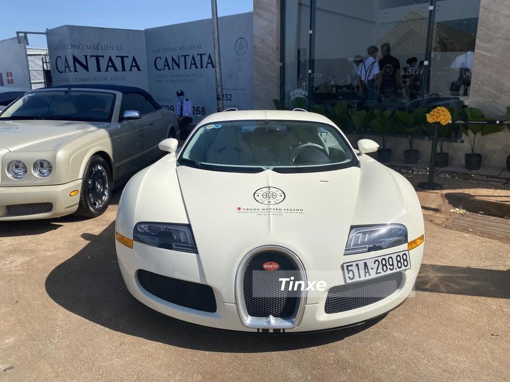 Bugatti Veyron độc nhất Việt Nam đã được trang bị đèn pha của phiên bản Bugatti Veyron Super Sport