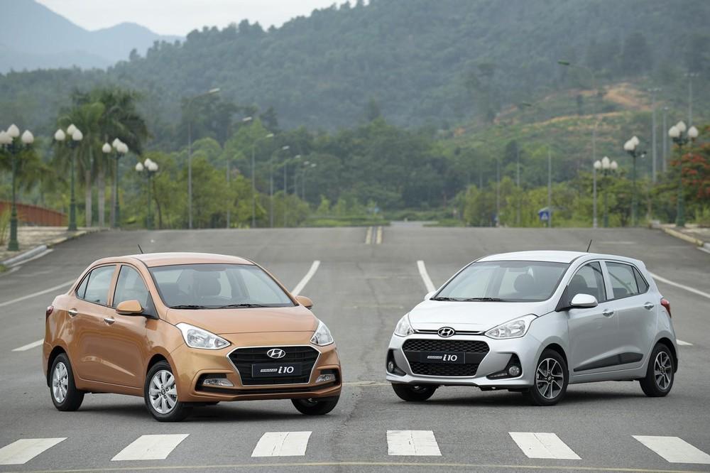 Kích thước tổng thể của Hyundai Grand i10 (hatchback) là 3.765 x 1.660 x 1.505 mm (D x R x C).