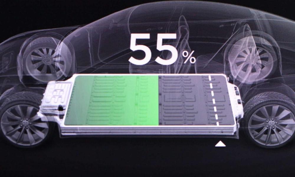 Pin xe ô tô điện cũng tự hao hụt đi cho dù chủ xe không sử dụng.