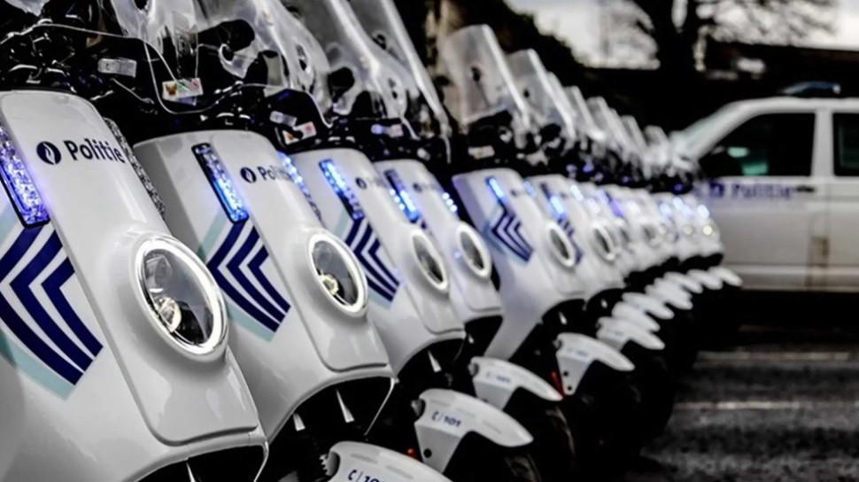 Đội xe máy điện NIU NQi Pro