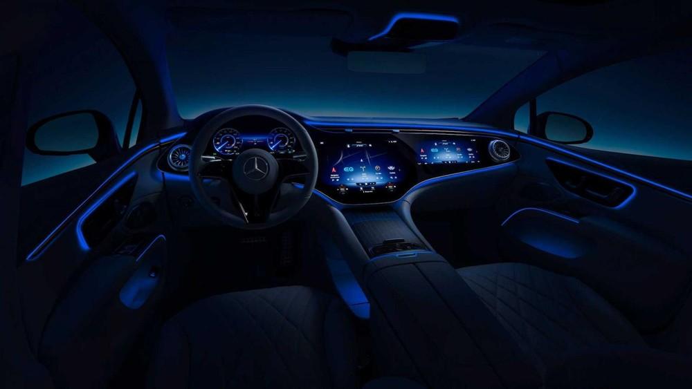 Hệ thống ánh sáng nền trongMercedes EQS 2022 bản cao cấp