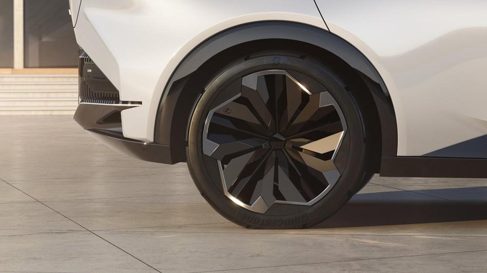 Bộ vành cỡ lớn của Lexus LF-Z Electrified Concept