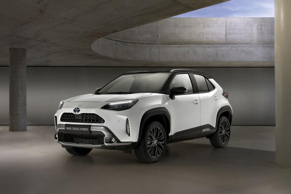 Toyota Yaris Cross Adventure 2021 ra mắt tại châu Âu