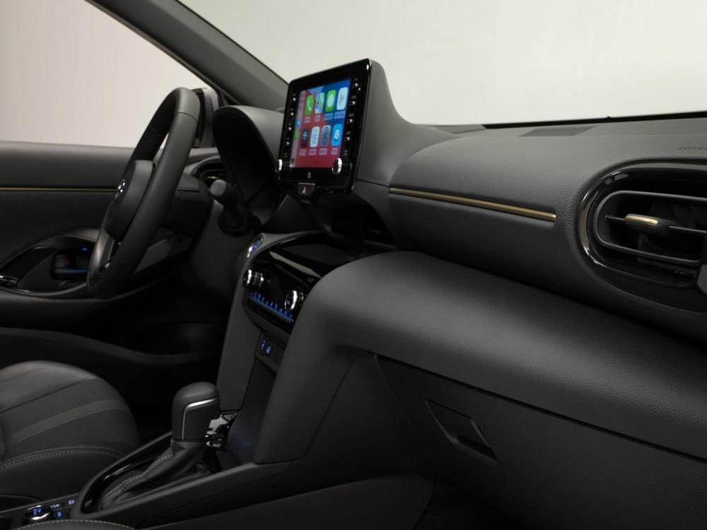 Nội thất bên trong Toyota Yaris Cross Adventure 2021