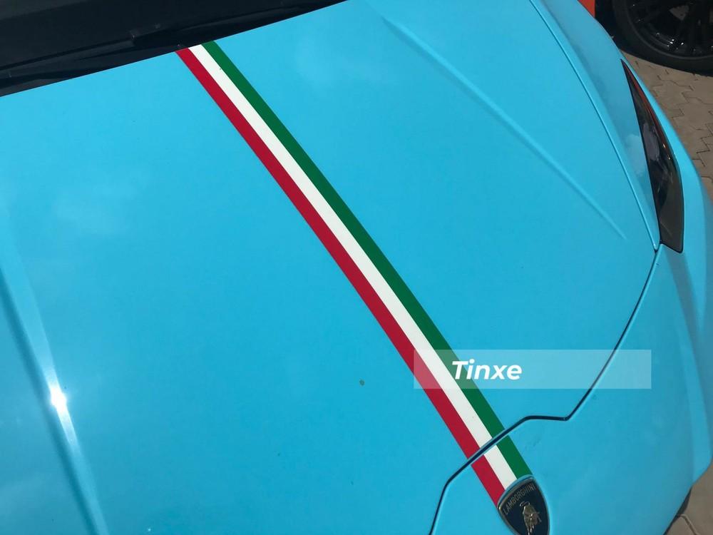 Dải 3 sọc màu xanh lá cây, trắng và đỏ
