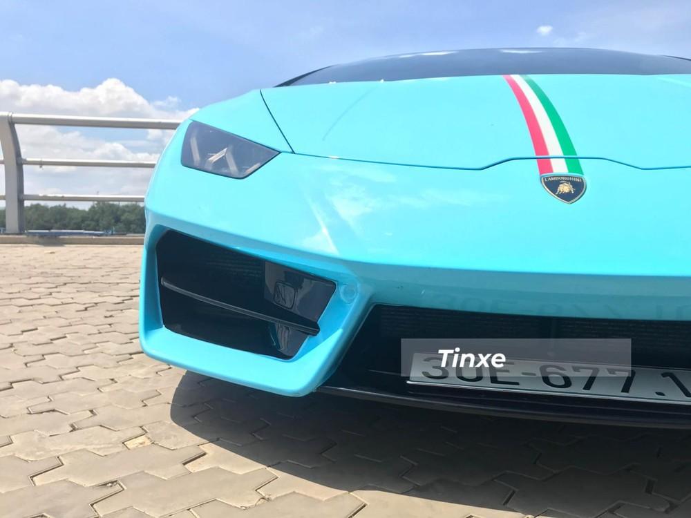 Lamborghini Huracan LP580-2 có thêm thanh chia gió nằm ngang ở 2 hốc gió bên hông