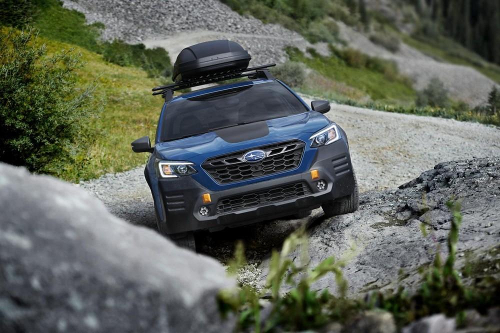 Subaru Outback Wilderness 2022 có góc tiếp cận, góc thoát và góc leo dốc tăng lên