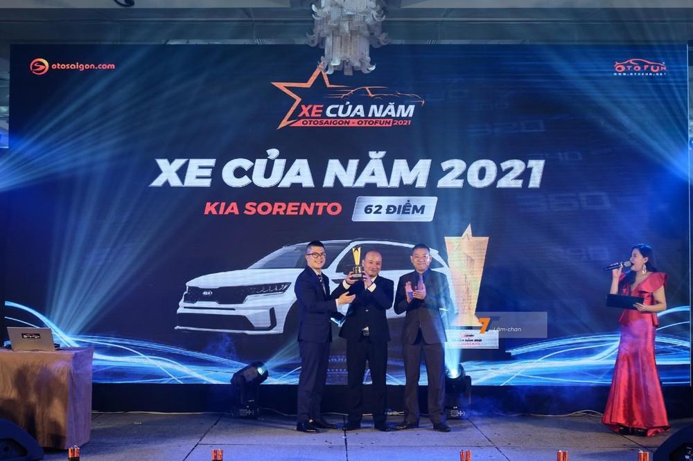 Kia Sorento thế hệ thứ 4 mới nhất được ra mắt Việt Nam vào tháng 9/2020 với thiết kế mới hấp dẫn, bổ sung nhiều trang bị hiện đại.
