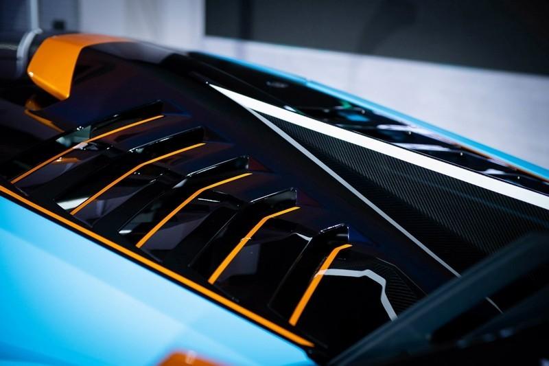 Lamborghini Huracan STO hướng đến khách hàng thích lái một siêu xe đua ngay trên đường phố