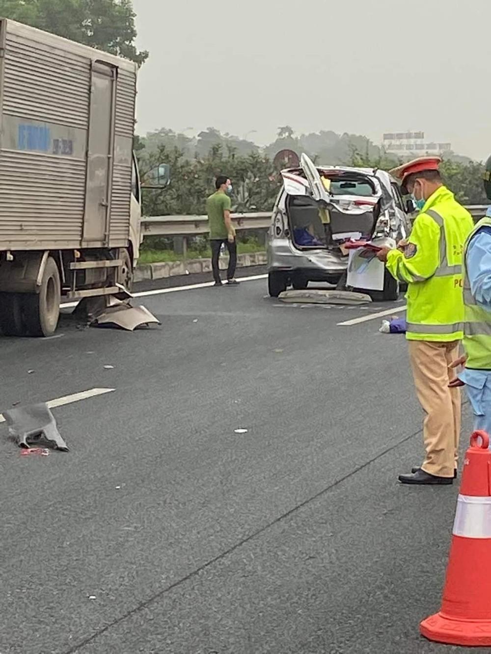 Chiếc xe tải tại hiện trường vụ tai nạn