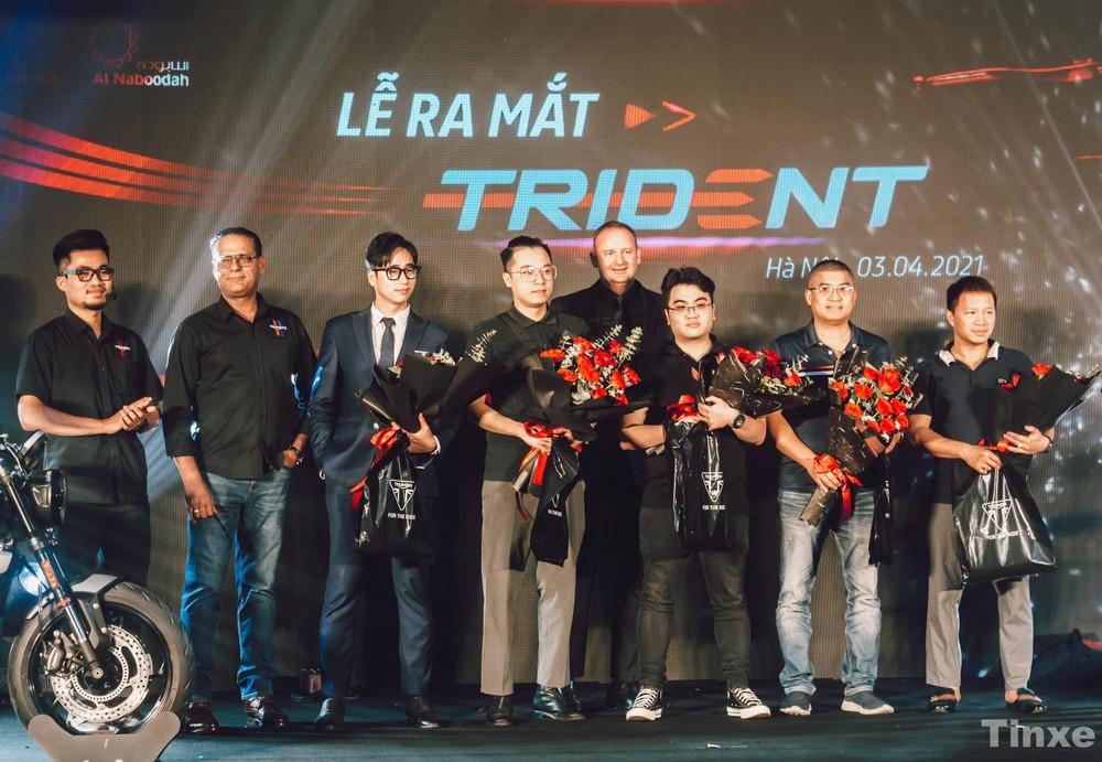 Những biker đầu tiên đặt cọc Triumph Trident 660 2021 tại Hà Nội