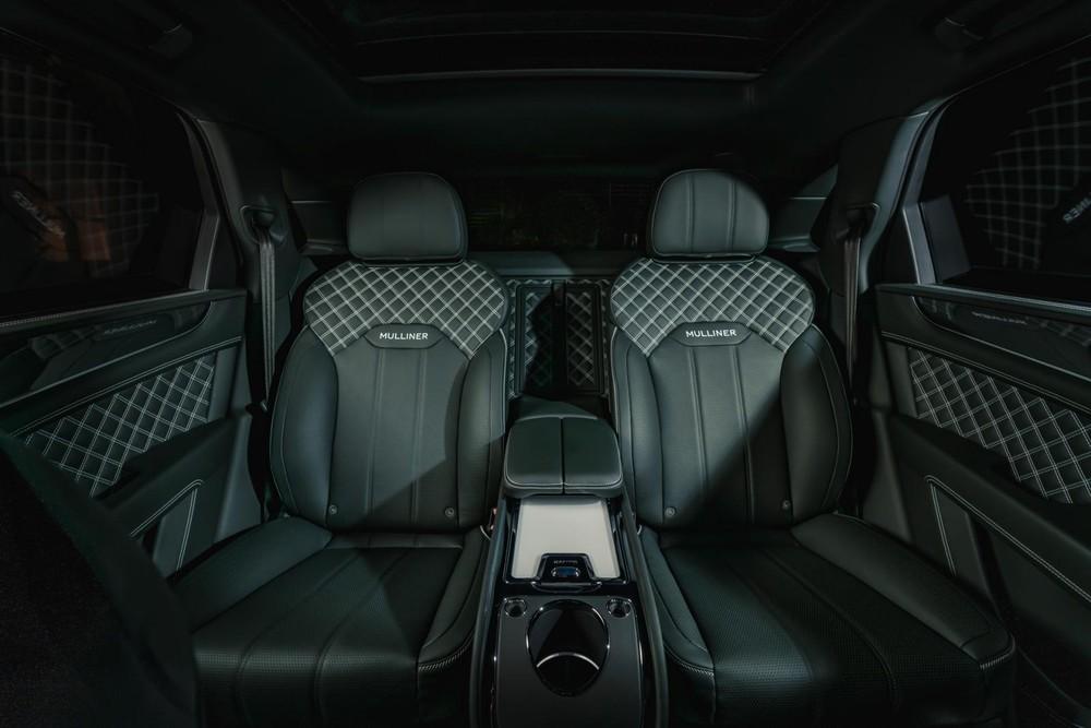 Ghế của Bentley Bentayga Hybrid được khâu bằng chỉ màu tương phản