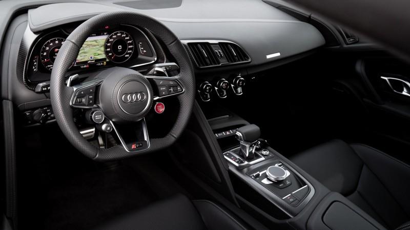Nội thất siêu xe Audi R8 V10 Spyder 2021