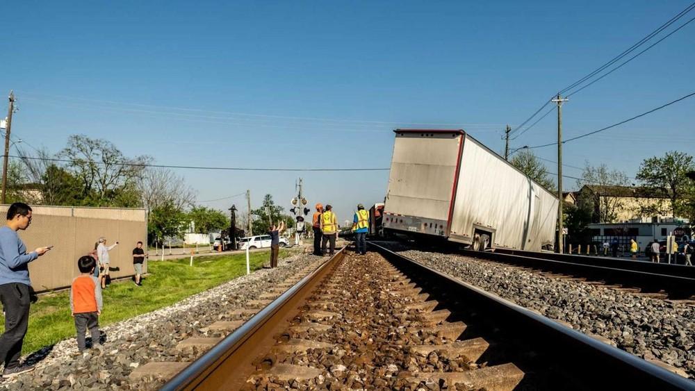Không có thương vong về người trong vụ tai nạn