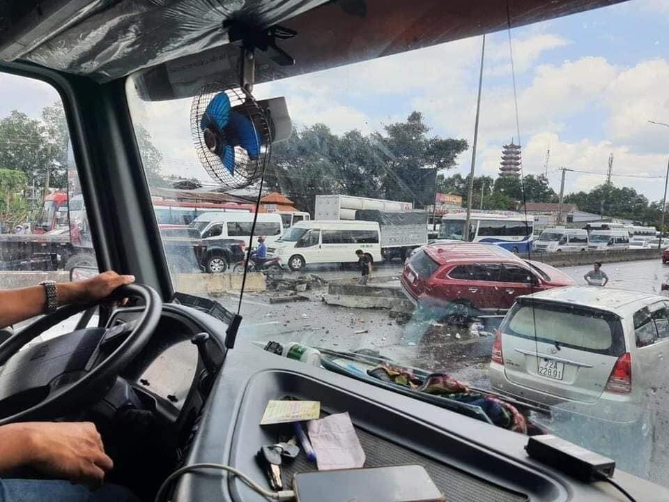 Hiện trường vụ tai nạn giao thông trên QL51 vào chiều qua