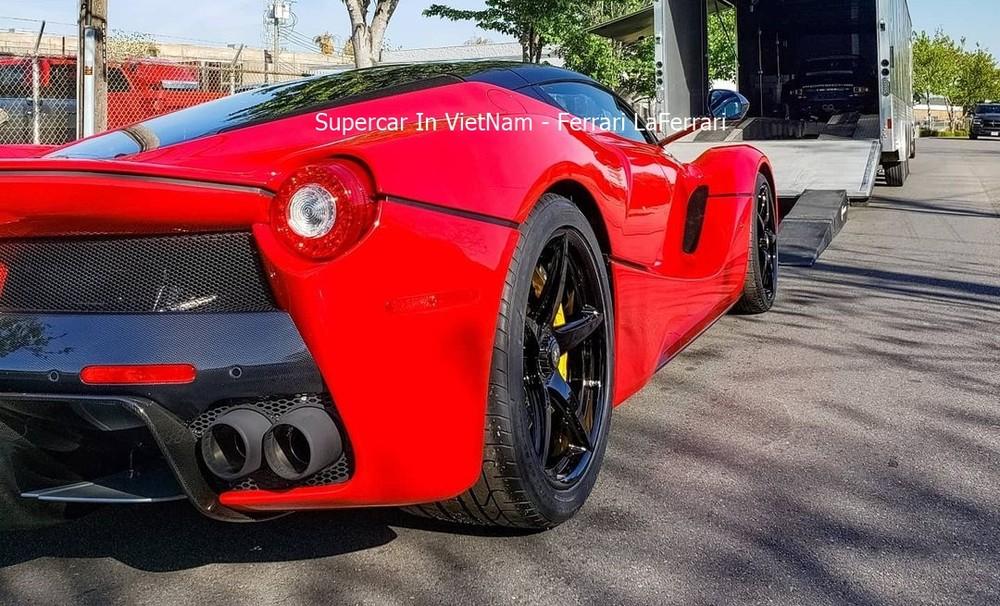 Đây là mảnh ghép còn thiếu của doanh nhân này khi trước đó đã sở hữu McLaren P1 cũng như Porsche 918 Spyder