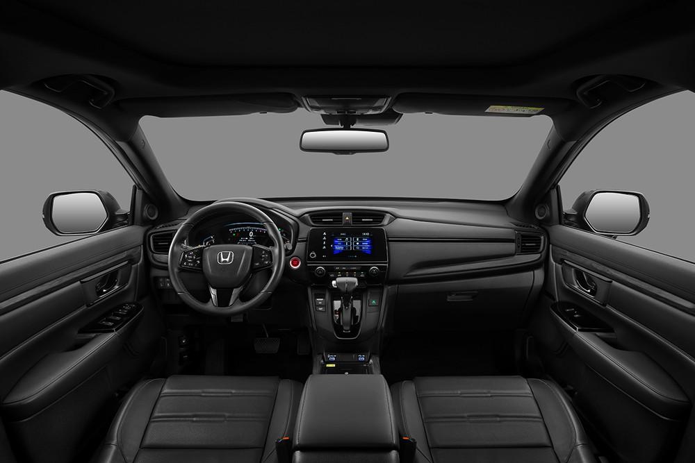 Nội thất đen đồng bộ tạo cảm giác mới cho không gian bên trong Honda CR-V LSE.